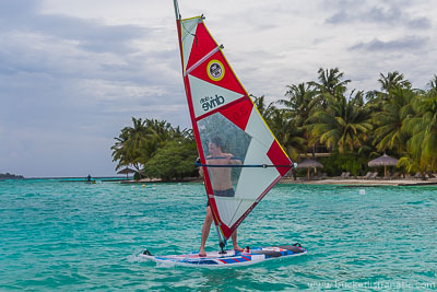 Learning to windsurf in Maldives