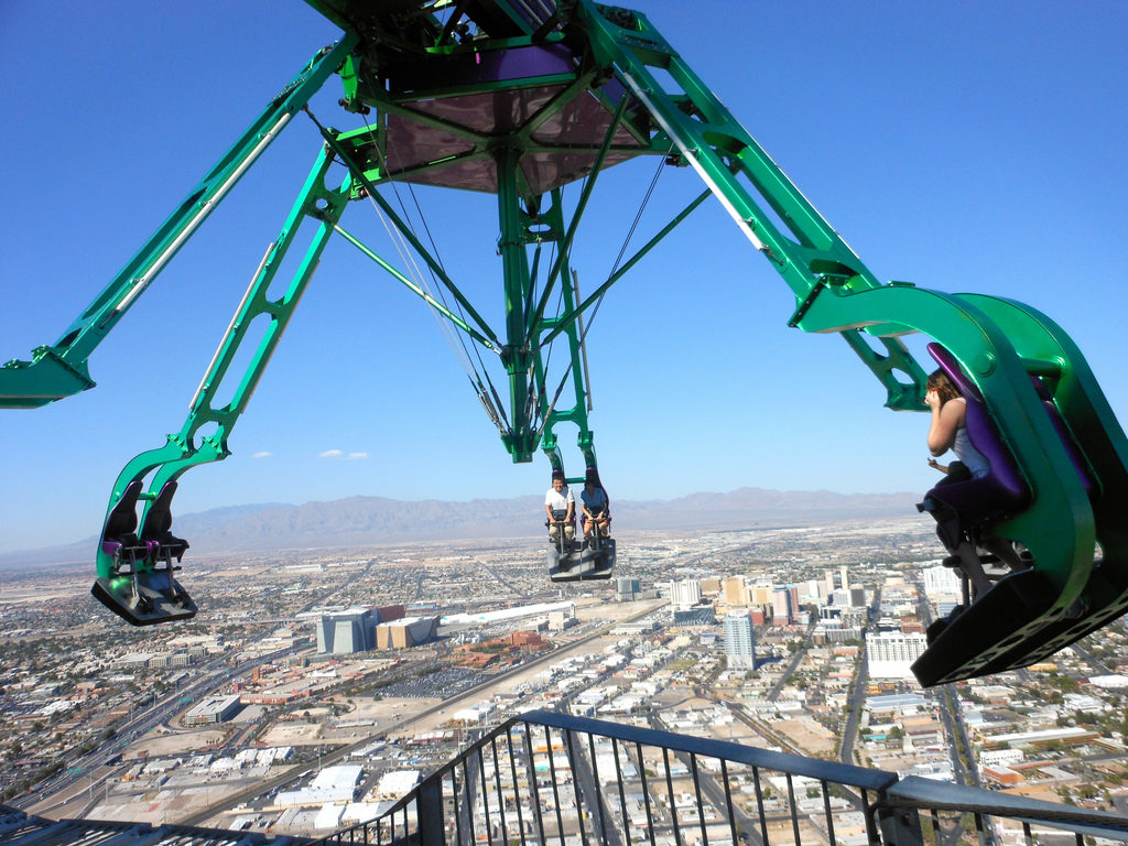 Insanity Ride - 50+ Heart-Pounding, Thrilling Activities for Daredevils